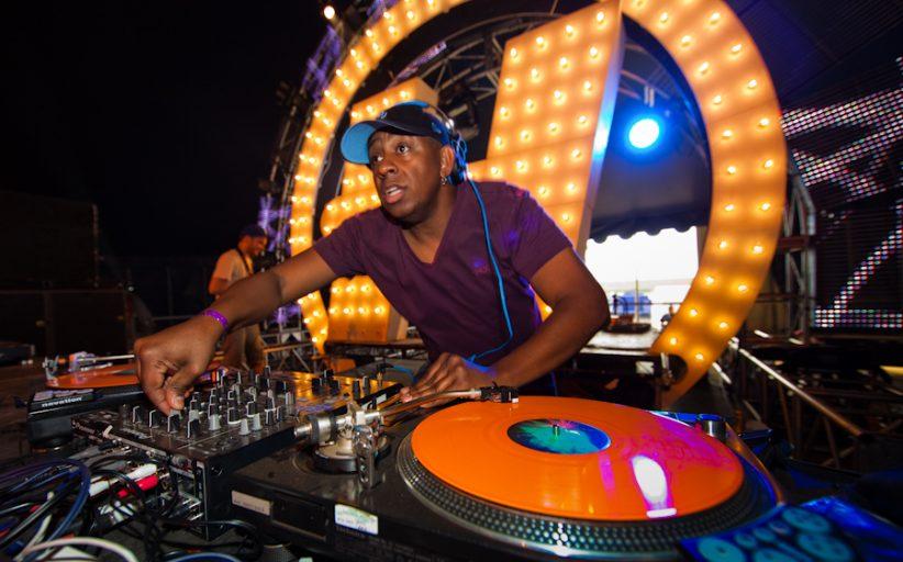 Os porquês de os DJ's serem tão importantes para realização de um evento