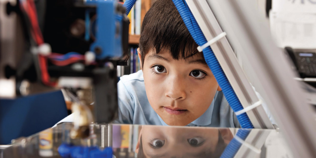 Impressão 3D para crianças na Thomas Jefferson