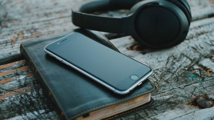 6 podcasts de Direito para você começar 2019 bem informad@